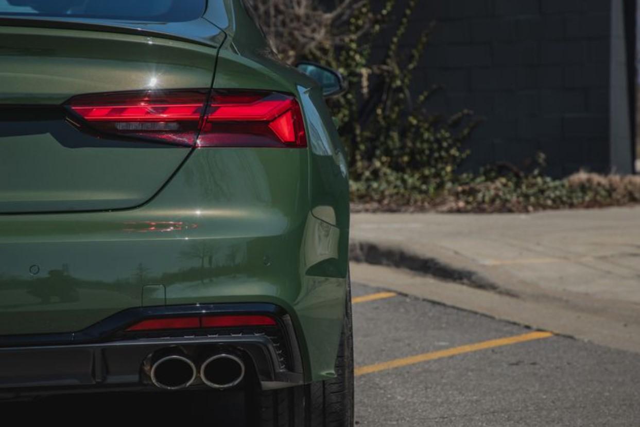 2021 Audi S5 Sportback Crash Test