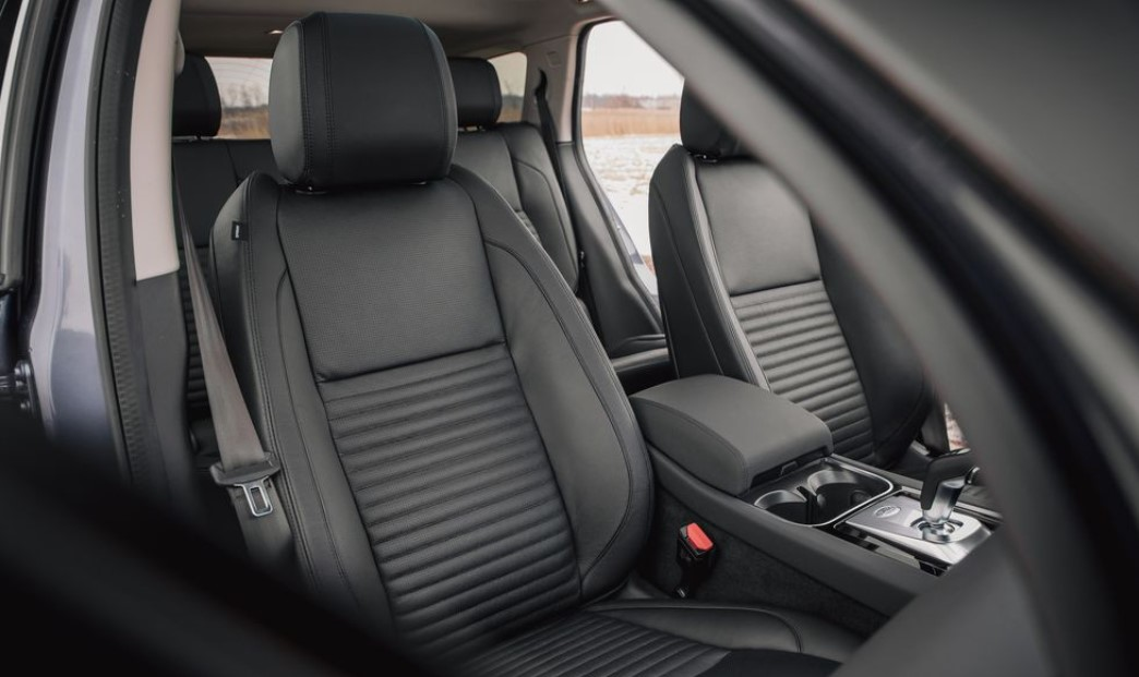 2021 Land Rover Discovery Sport Color