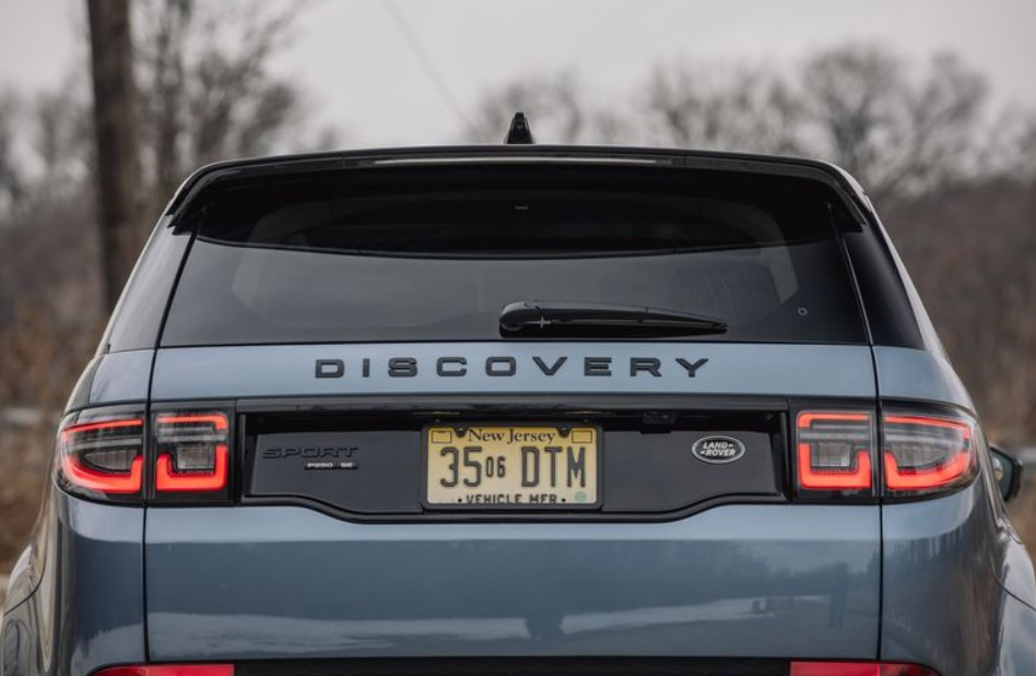 2021 Land Rover Discovery Sport Premier Options Specs