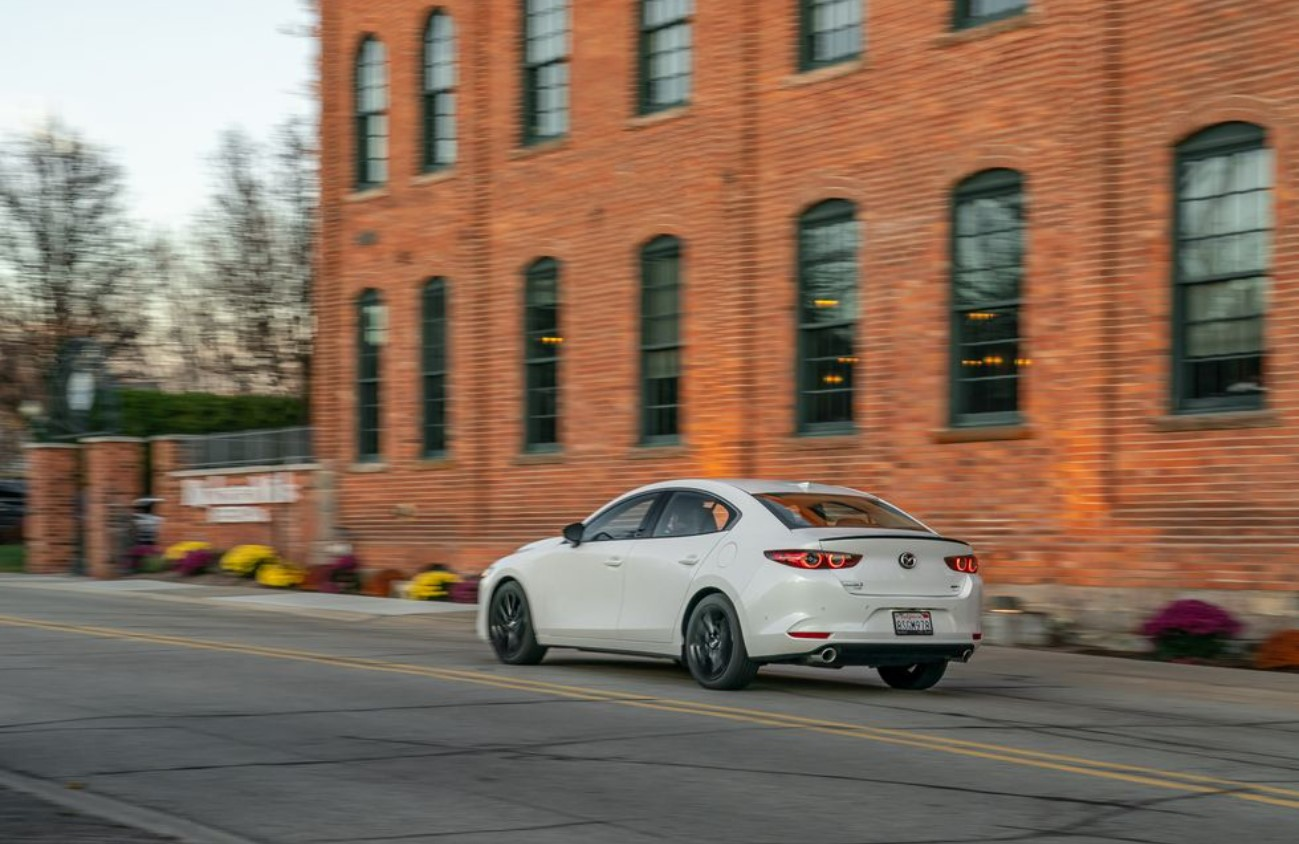 2021 Mazda 3 Turbo Price